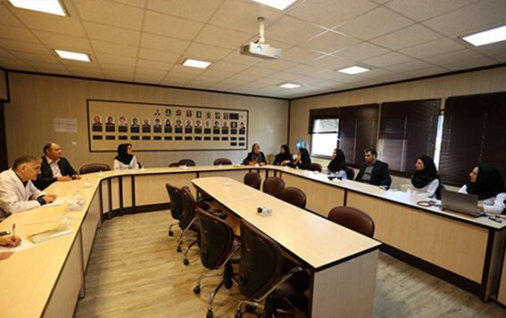 برگزاری جلسه کاردیوآنکولوژی در مرکز قلب و عروق شهید رجایی